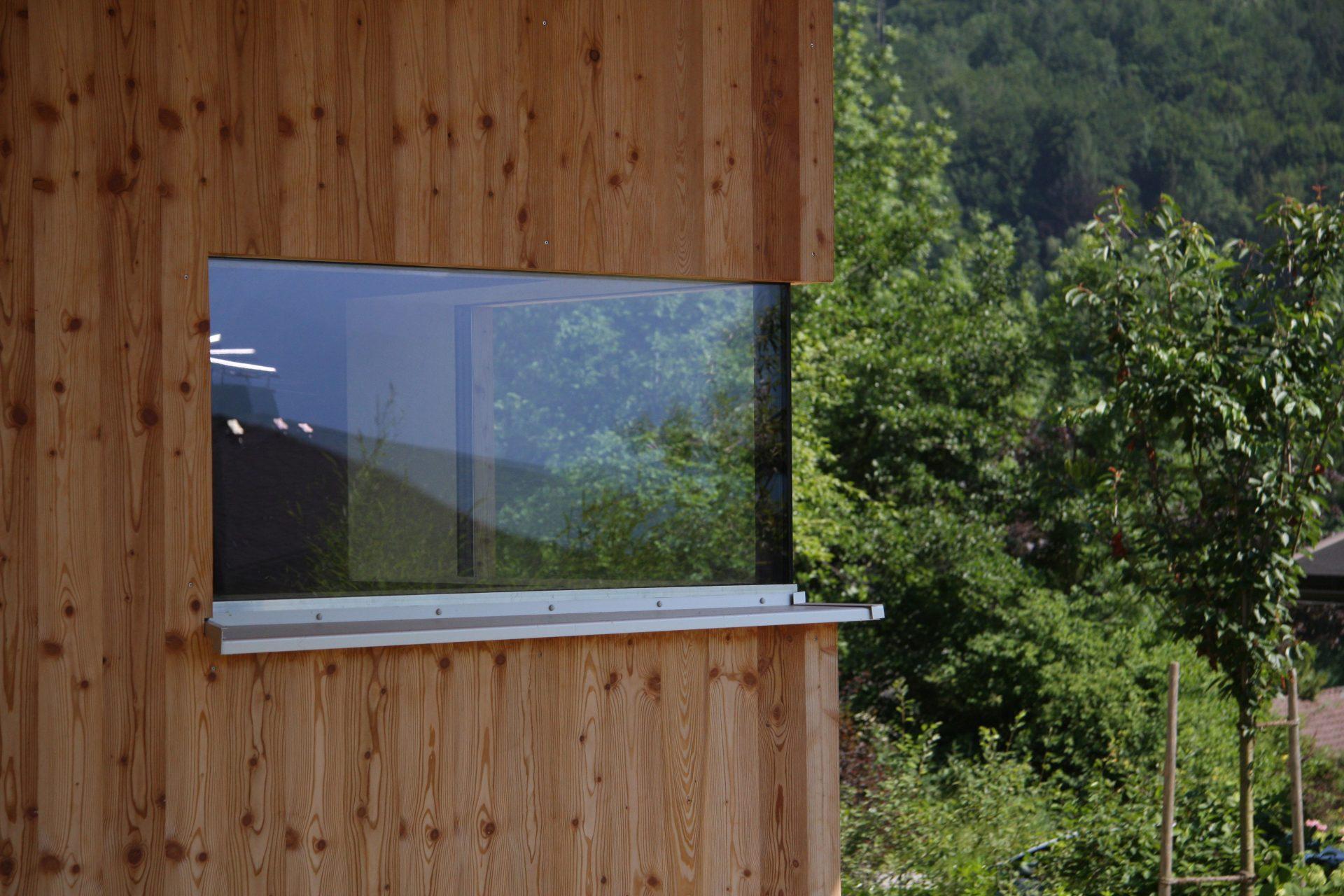 Holzhaus Fenster